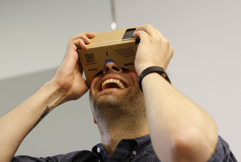 Using  a Google Cardboard Viewer